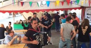 Viana celebra a 1º Feira da Cervexa ao ritmo de Os Bertolini