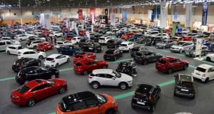 Expourense convértese nun enorme concesionario co Salón do Automóbil
