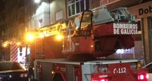 Arde unha campá extractora nun piso do Barco