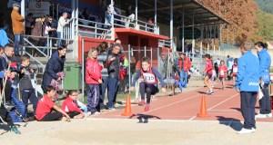 A Liga Galega Escolar Abanca de atletismo no Barco, en imaxes