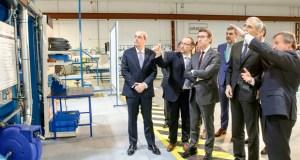 Feijóo visita a empresa de compoñentes aeronáuticos COASA, no Polígono de San Cibrao