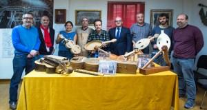 O Obradoiro de Instrumentos Musicais da Deputación entrega os diplomas aos seus alumnos