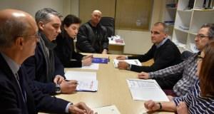 Os deputados ourensáns do PP no Congreso reúnense cos traballadores penitenciarios