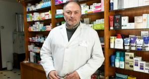 """""""A farmacia aínda non saíu da crise"""""""