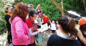 Sendeirismo entre lectura e lectura de María Victoria Moreno, en Trives