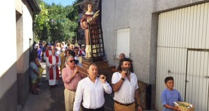 A procesión de San Lourenzo percorre Arcos