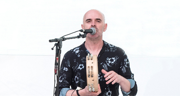 """Xabier Díaz: """"A música tradicional pode ser tremendamente vangardista e contemporánea"""""""