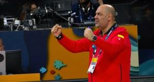 A selección do valdeorrés Lucas Mondelo conquista o bronce no mundial de básket feminino