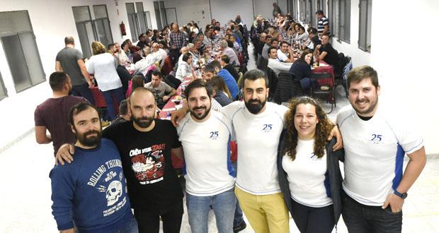 Case 200 persoas festexan co Club Montaña Trives o seu 25 aniversario