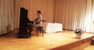 O pianista trivés Fabio Álvarez presenta en Ourense o seu CD Musical Zodiac