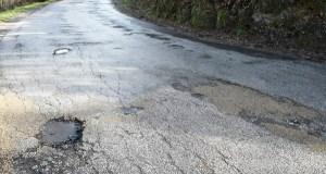 A Deputación convoca á comisión para xestionar o arranxo da estrada vianesa de San Agostiño
