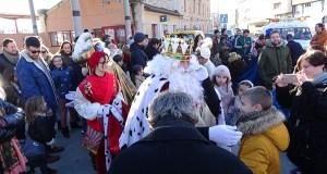 A Rúa despide o Nadal coa visita dos Reis Magos a diferentes puntos da vila