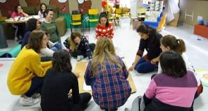 Taller vivencial sobre linguaxe Montessori, no Barco