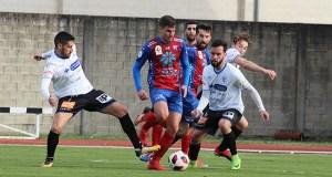 Un novo empate para O Barco no derbi contra Ourense CF en Calabagueiros