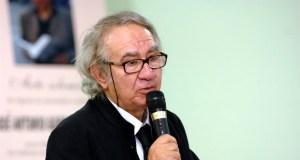 Falece o xornalista e escritor barquense José Antonio Gurriarán