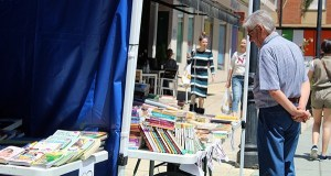 Obradoiros, contacontos e moita literatura na Feira do Libro do Barco