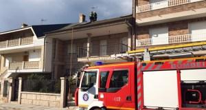 Incendio na cheminea dun chalé en Viloira (O Barco)