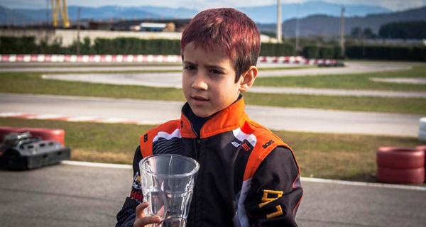 O piloto valdeorrés Leo Pérez lidera o campionato de Castela León de karting na categoría Rookie