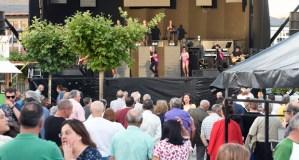 Moita música para despedir as festas do San Antón en Fontei (A Rúa)