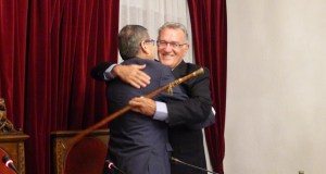 Alfredo García toma posesión por sexta vez como alcalde do Barco
