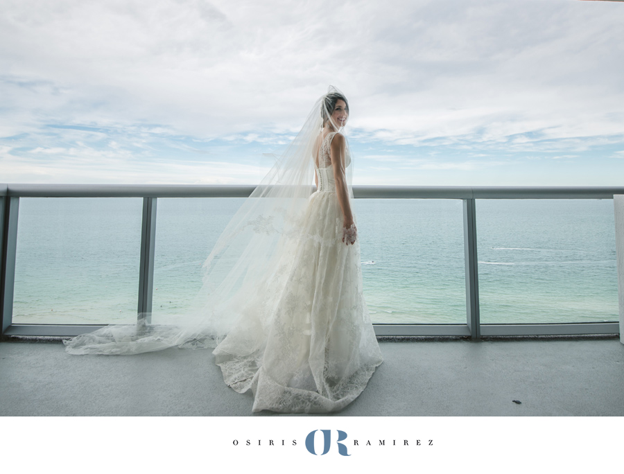 BATH CLUB WEDDING MIAMI BEACH | MIAMI BEACH WEDDING PHOTOGRAPHER