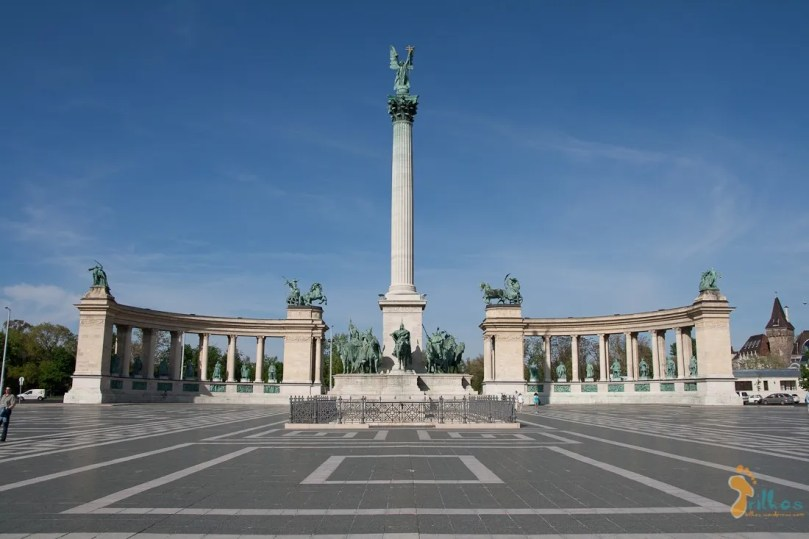 07 - budapest - heroes-square-1