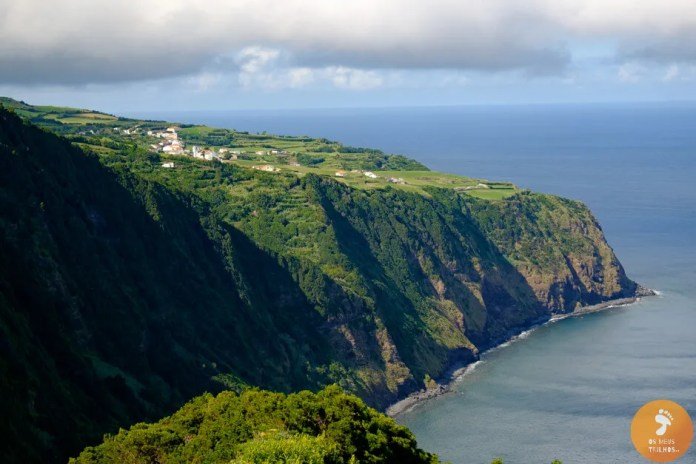 Vistas desde o Miradouro da Ponta da Madrugada, Ilha de São Miguel