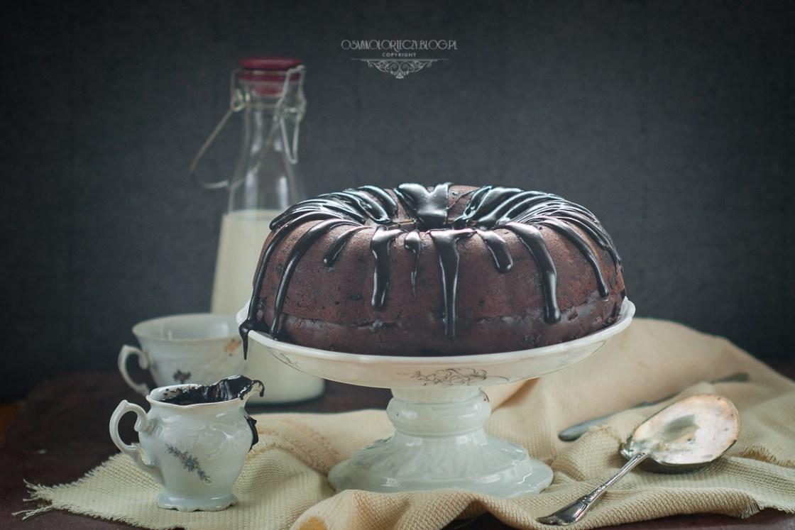 przepis na babkę czekoladową z wiśniami
