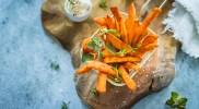 Frytki z batatów – pikantne i chrupiące