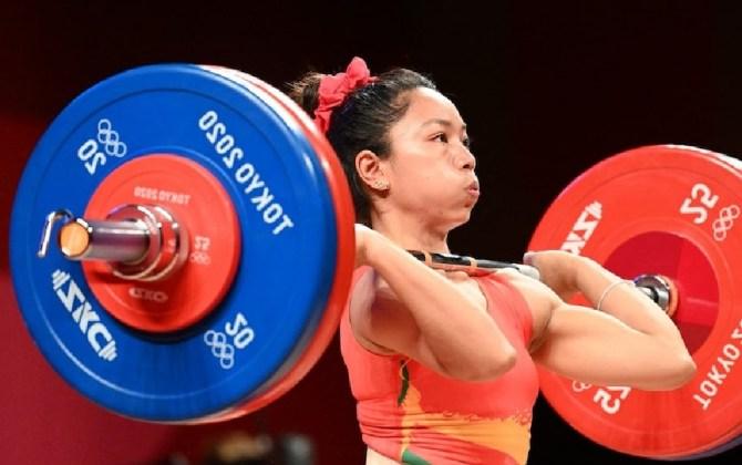 ओलम्पिकका पहिलो पदक दिलाउने मीराबाईको भब्य स्वागत, भारत सरकारद्धारा १ करोड संगै प्रहरीमा एसपीको जागिर समेत दिने घोषणा