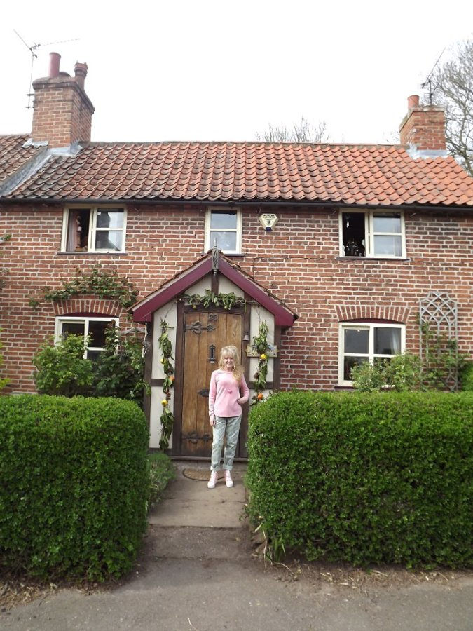 Jude Rawson - outside house