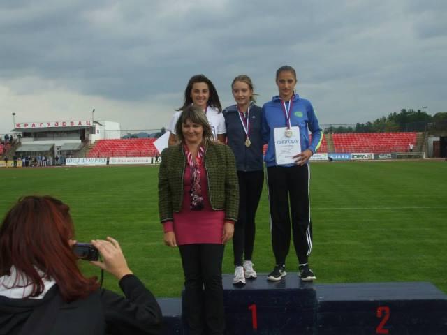 Prvakinja drzave za mladje pionirke(2000-2001) 600m 23.09.2013