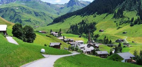 ITALY-_-SWITZERLAND-_-LIECHTENSTEIN-ARRIVAL-RIMINI