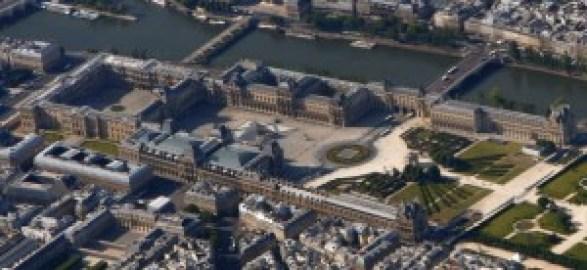 Palais_du_Louvre_-_Paris