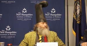 rsz_640px-vermin_supreme_on_lesser-known_presidential_candidates_forum-1