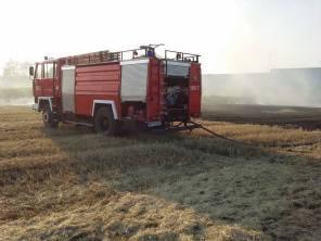 Pożar rżyska - Piastów, ul. Ogińskiego