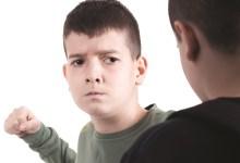 Photo of «اللي يضربك اضربه».. طريقة تربوية صحيحة أم خطأ؟
