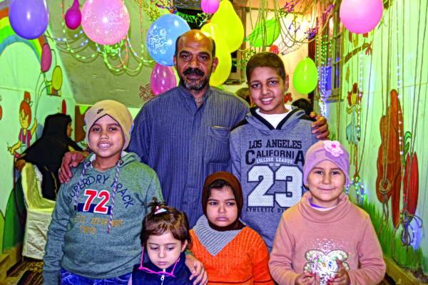 عم ظاظا.. قلب رحيم يستضيف أطفال السرطان