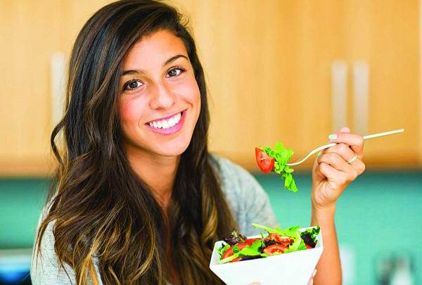 لكل امرأة سلـة حقـائـق غذائية مهمة