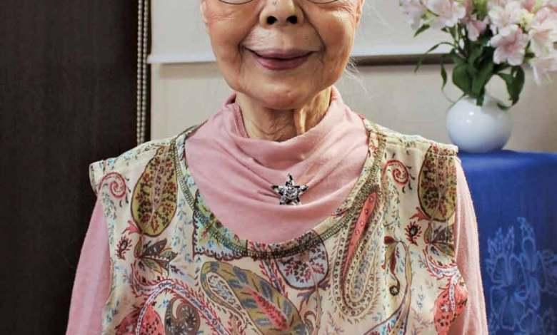 اللاعبة الجدة.. أكبر لاعبة ألعاب فيديو في الـ 90 من عمرها