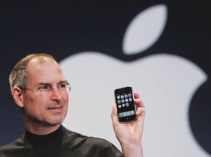 من صاحب 7 مليارات دولار : ستيف جوبز