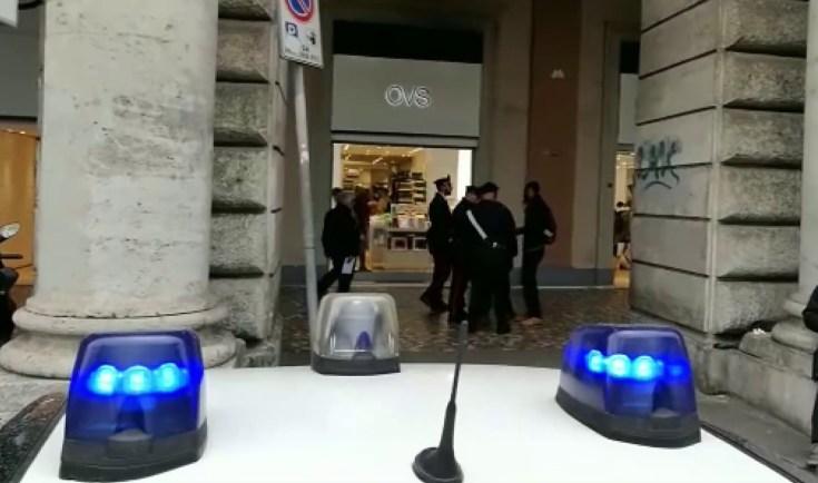 PIAZZA DANTE - I controlli dei Carabinieri nel quartiere Esquilino (2)