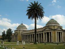 Il cimitero dei Lupi a Livorno