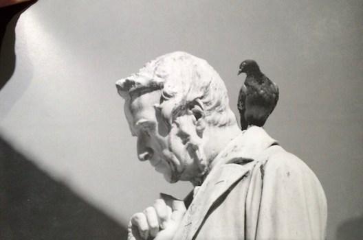 La statua di Cosimo Ridolfi in piazza Santo Spirito a Firenze