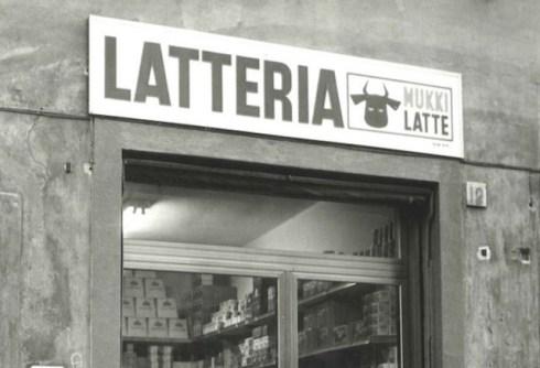 L'insegna di una latteria fiorentina negli anni '70