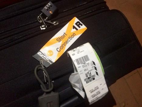 """Non basta l'indicazione """"coincidenza corta"""" per evitare il ritardo di un bagaglio"""