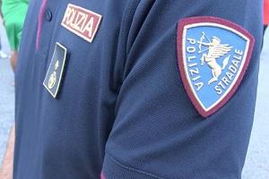 polizia stradale Smantellata banda di ladri d'auto