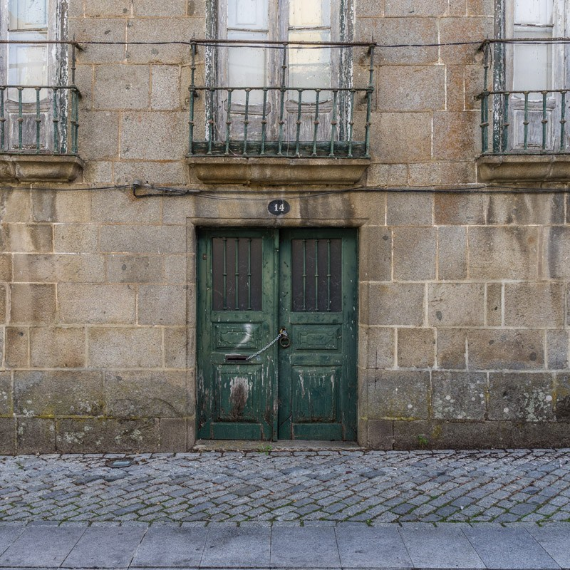 Thursday Doors: Fundão