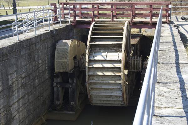 Undershot wheel, Metamora Grist Mill