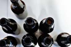 NIE MIAŁ NA ALKOHOL, WIĘC GROZIŁ EKSPEDIENTCE